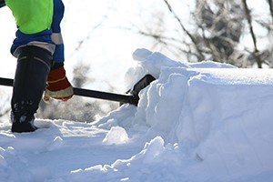 8 Tips for Safer Snow Shoveling