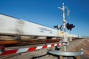 7 Easy Ways to Keep Safe at Railroad Crossings