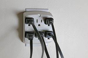 Four Tips to Avoid Electrical Burns at Home